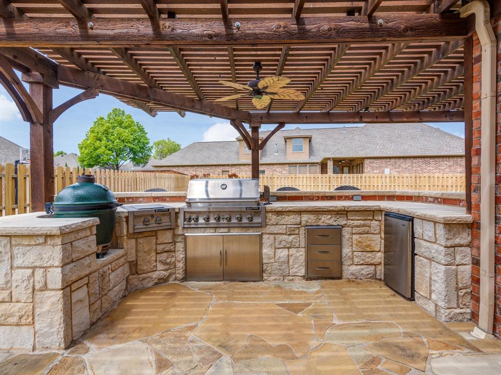 8309 Valley Oaks  Drive, North Richland Hills, Texas 76182 - acquisto real estate best relocation company in america katy mcgillen