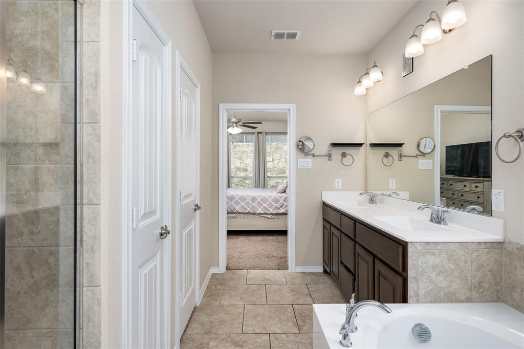 9145 Bronze Meadow  Drive, Fort Worth, Texas 76131 - acquisto real estate best style realtor kim miller best real estate reviews dfw