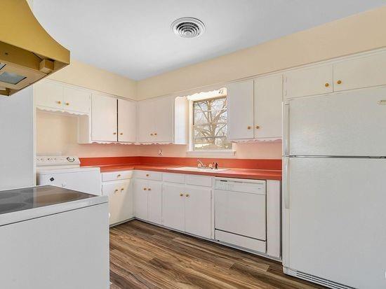 2301 Berkley  Street, Brownwood, Texas 76801 - acquisto real estate best flower mound realtor jody daley lake highalands agent of the year