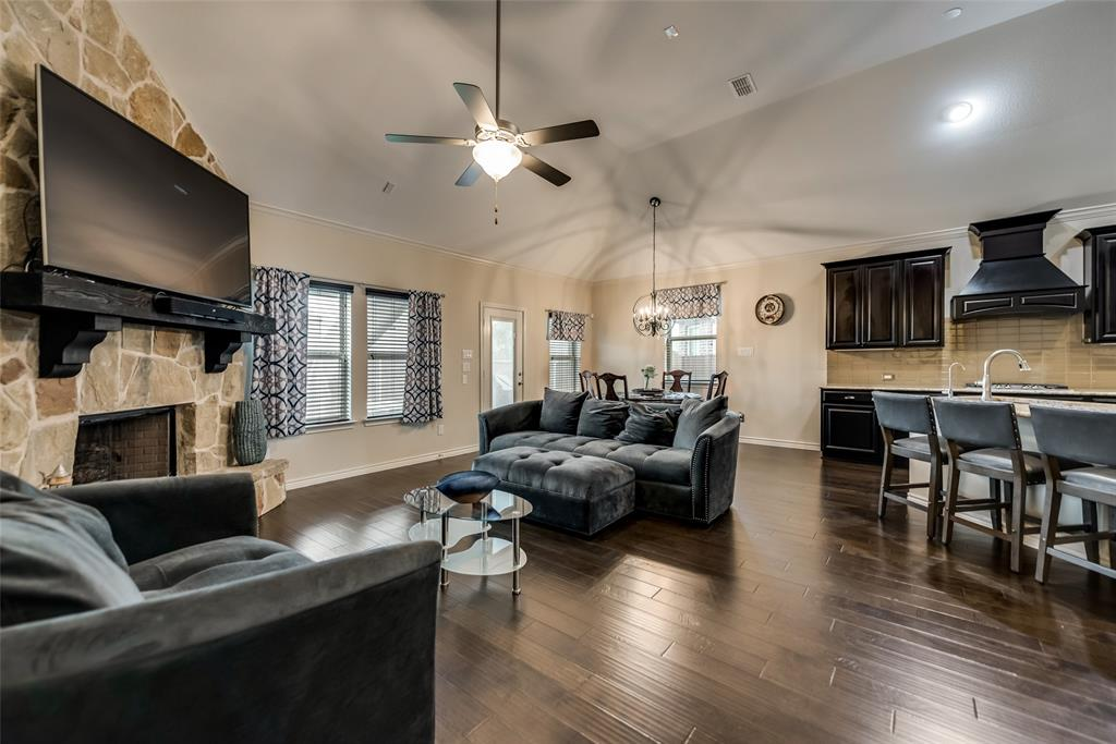 1116 Lake Cypress  Lane, Little Elm, Texas 75068 - acquisto real estate best real estate company in frisco texas real estate showings