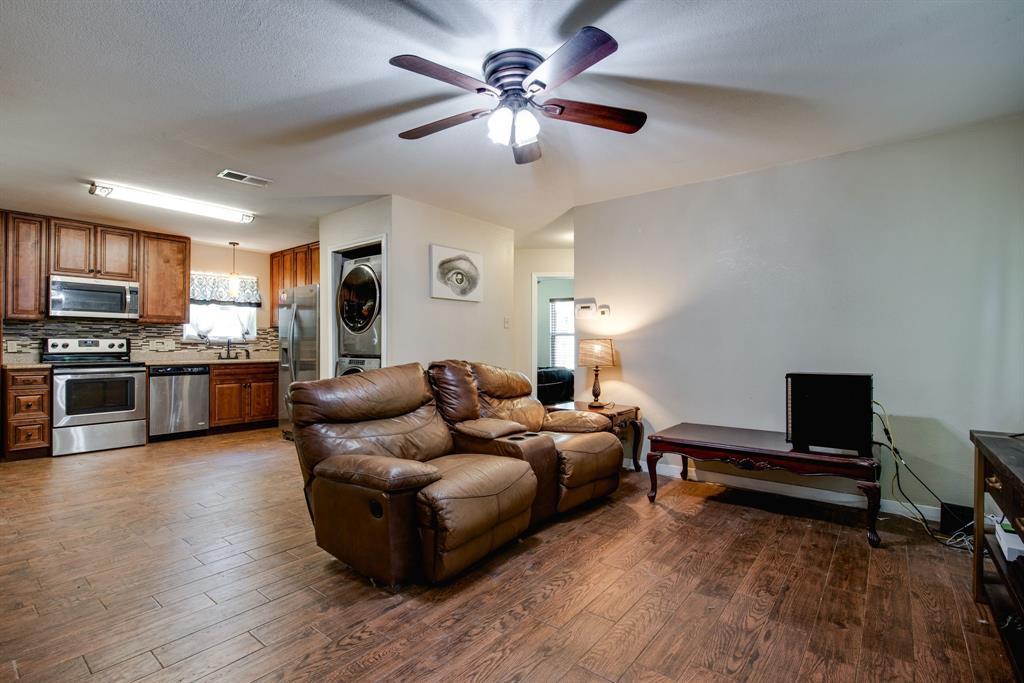 929 Ford  Street, Denison, Texas 75020 - acquisto real estate best prosper realtor susan cancemi windfarms realtor