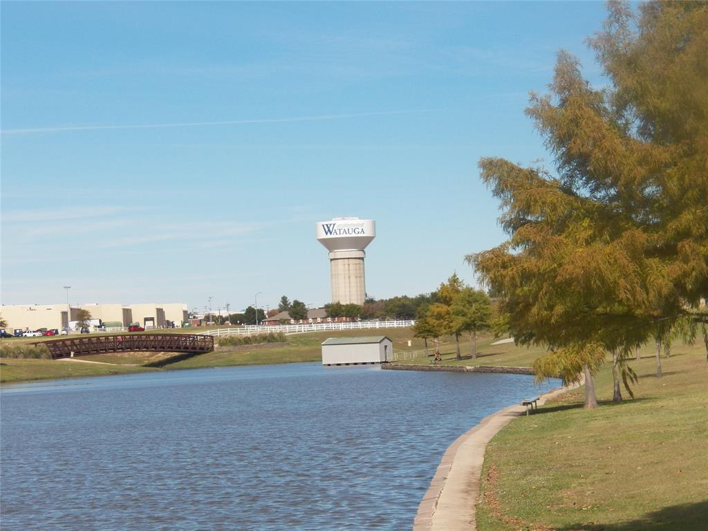 7800 Pebblebrook  Drive, Watauga, Texas 76148 - acquisto real estate best realtor foreclosure real estate mike shepeherd walnut grove realtor
