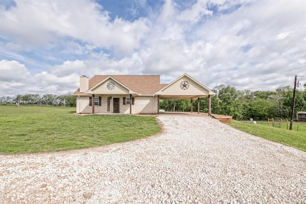 236 CR 473  Lott, Texas 76656 - Acquisto Real Estate best frisco realtor Amy Gasperini 1031 exchange expert