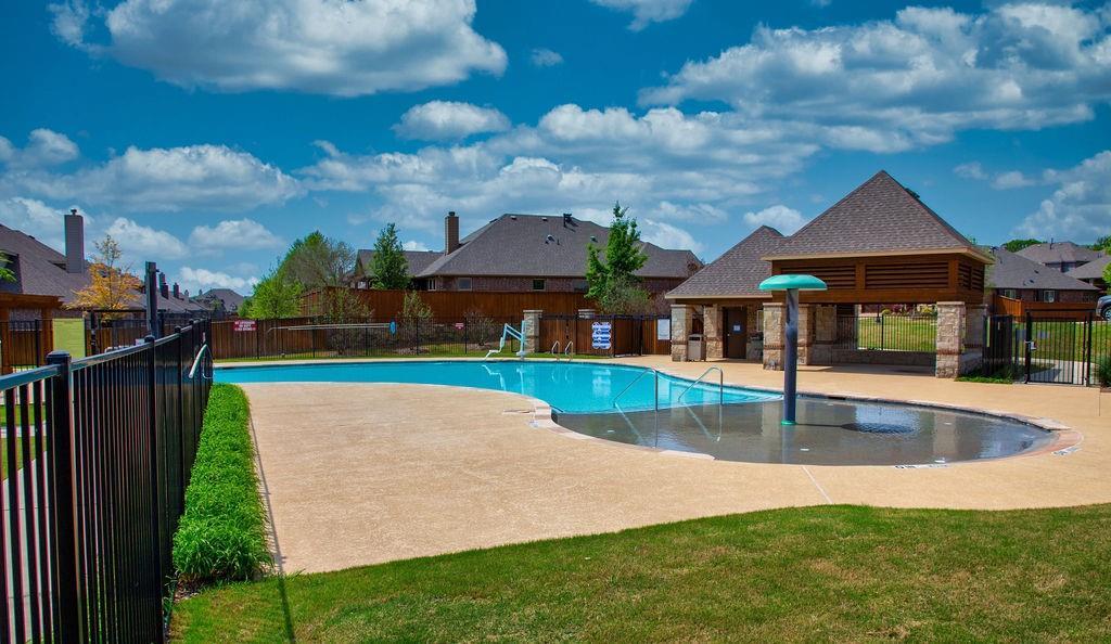 5225 Edgebrook  Way, Fort Worth, Texas 76244 - acquisto real estate mvp award real estate logan lawrence