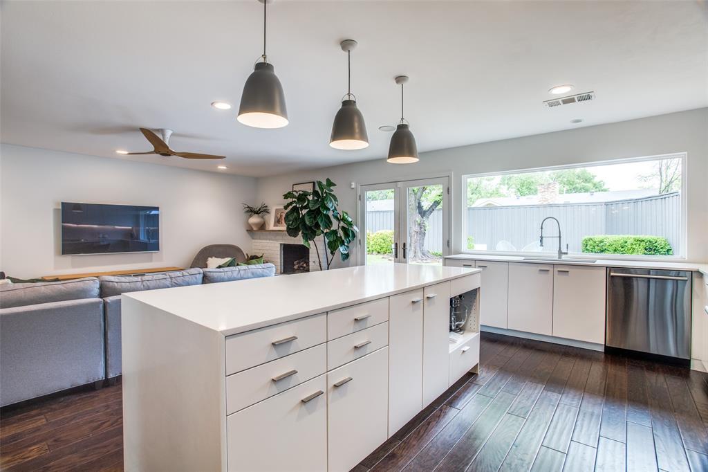 6626 Leameadow  Drive, Dallas, Texas 75248 - acquisto real estate best listing agent in the nation shana acquisto estate realtor