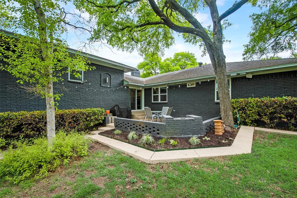 2443 Monaco  Lane, Dallas, Texas 75233 - Acquisto Real Estate best frisco realtor Amy Gasperini 1031 exchange expert