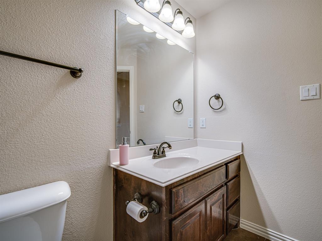 1310 Billingsley  Drive, Waxahachie, Texas 75167 - acquisto real estate best negotiating realtor linda miller declutter realtor
