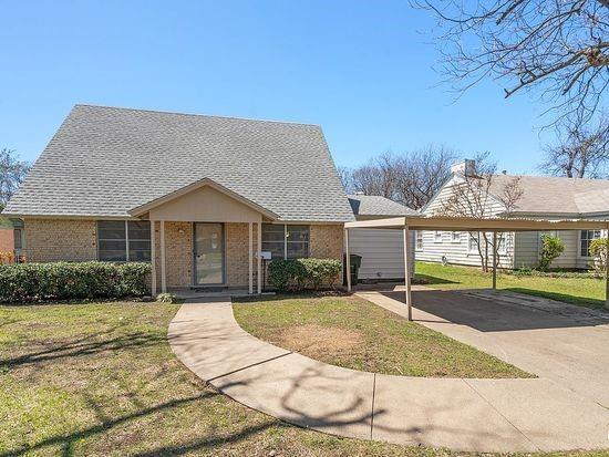 2301 Berkley  Street, Brownwood, Texas 76801 - Acquisto Real Estate best plano realtor mike Shepherd home owners association expert