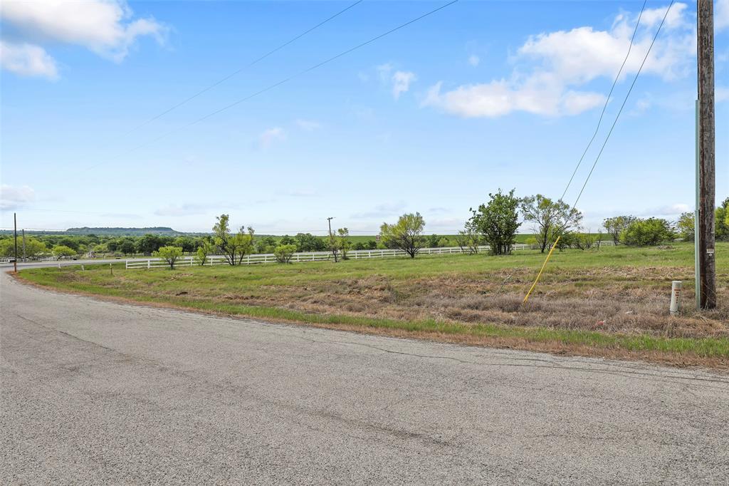 19 Lake House  Drive, Bridgeport, Texas 76426 - Acquisto Real Estate best frisco realtor Amy Gasperini 1031 exchange expert