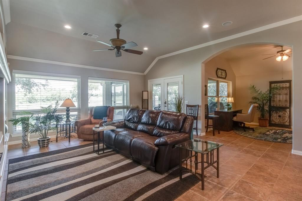 11112 Southerland  Drive, Denton, Texas 76207 - Acquisto Real Estate best frisco realtor Amy Gasperini 1031 exchange expert