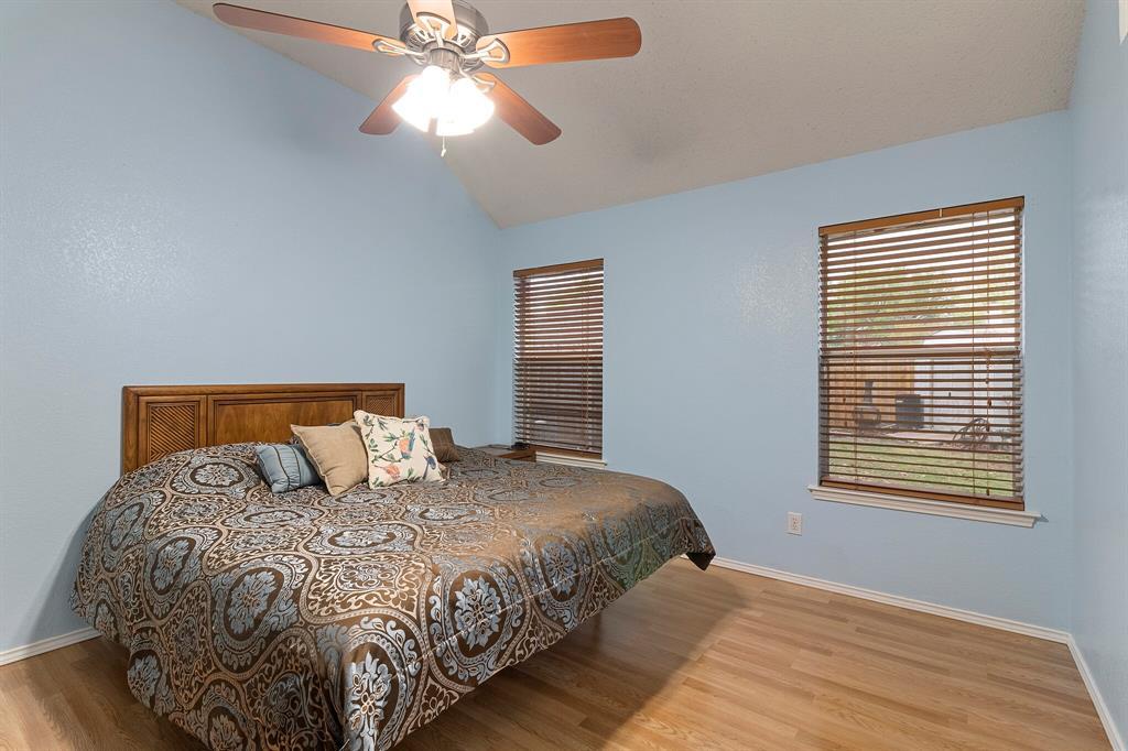 101 Saint James  Court, Rhome, Texas 76078 - acquisto real estate best luxury buyers agent in texas shana acquisto inheritance realtor