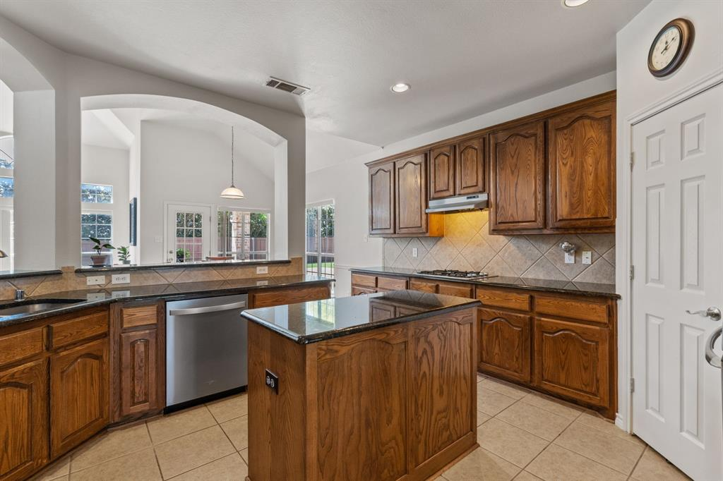 13307 Deercreek  Trail, Frisco, Texas 75035 - acquisto real estate best listing listing agent in texas shana acquisto rich person realtor
