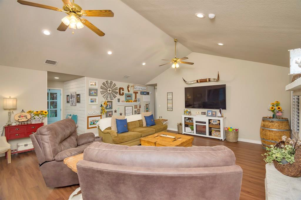 414 County Road 4659  Rhome, Texas 76078 - acquisto real estate best celina realtor logan lawrence best dressed realtor