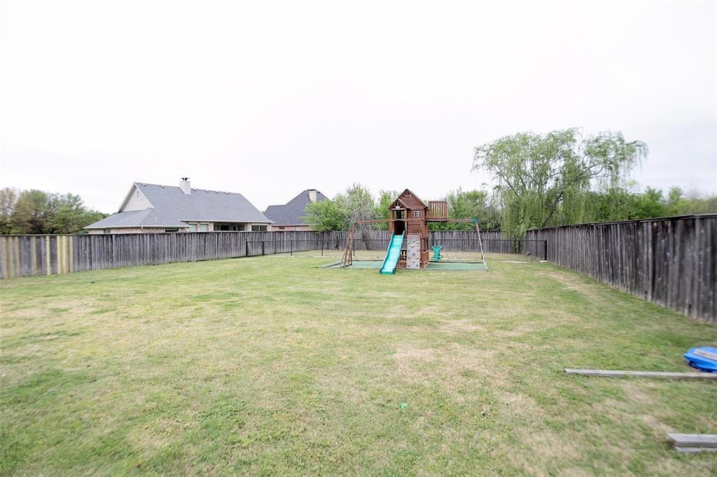 5009 Eagle Ridge  Trail, Sherman, Texas 75092 - acquisto real estate best negotiating realtor linda miller declutter realtor