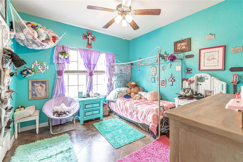 1204 Pala Dura  Court, Granbury, Texas 76048 - acquisto real estate best relocation company in america katy mcgillen