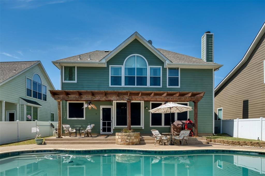 10237 Lakeview  Drive, Providence Village, Texas 76227 - acquisto real estate best relocation company in america katy mcgillen
