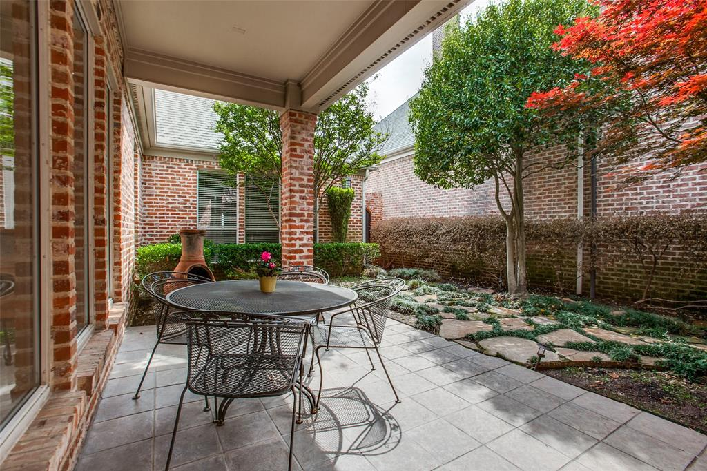 5616 Shubert  Court, Dallas, Texas 75252 - acquisto real estate best realtor dallas texas linda miller agent for cultural buyers