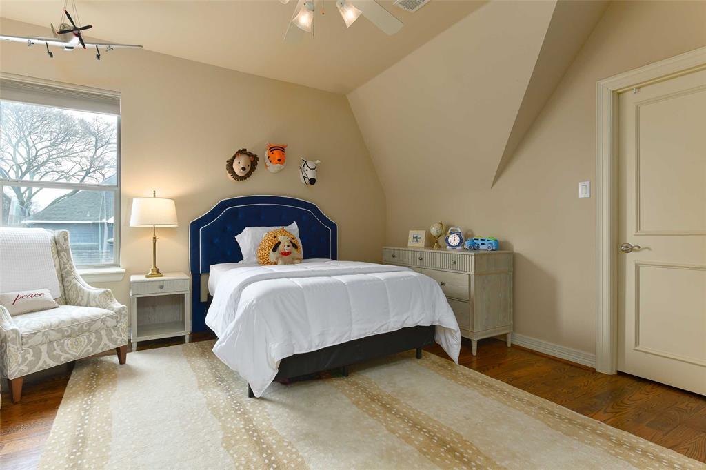 5226 Ridgedale  Avenue, Dallas, Texas 75206 - acquisto real estate best realtor dfw jody daley liberty high school realtor