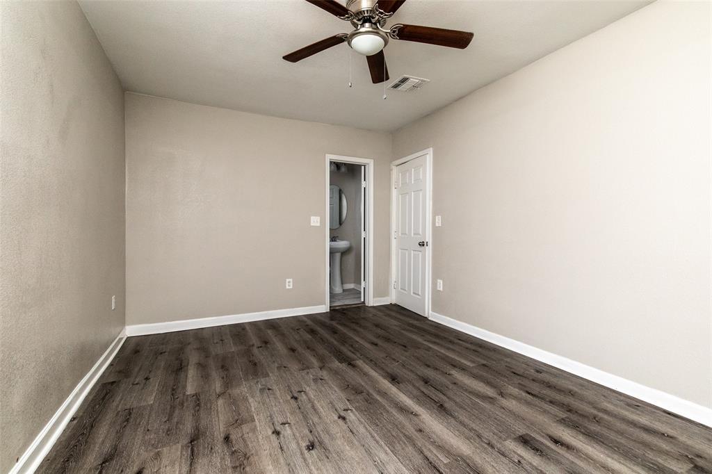 190 Hudson  Street, Newark, Texas 76071 - acquisto real estate best realtor foreclosure real estate mike shepeherd walnut grove realtor