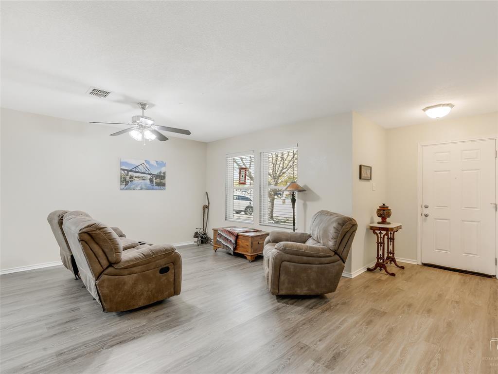 2516 Red Oak  Drive, Little Elm, Texas 75068 - acquisto real estate best celina realtor logan lawrence best dressed realtor
