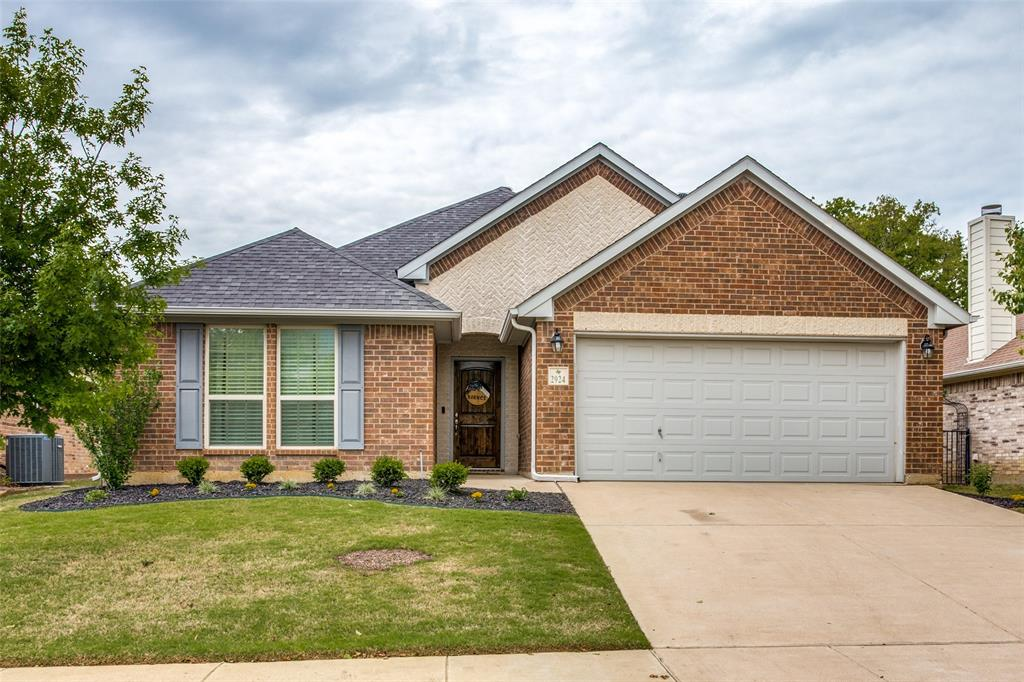 2924 Greenway  Drive, Burleson, Texas 76028 - Acquisto Real Estate best plano realtor mike Shepherd home owners association expert