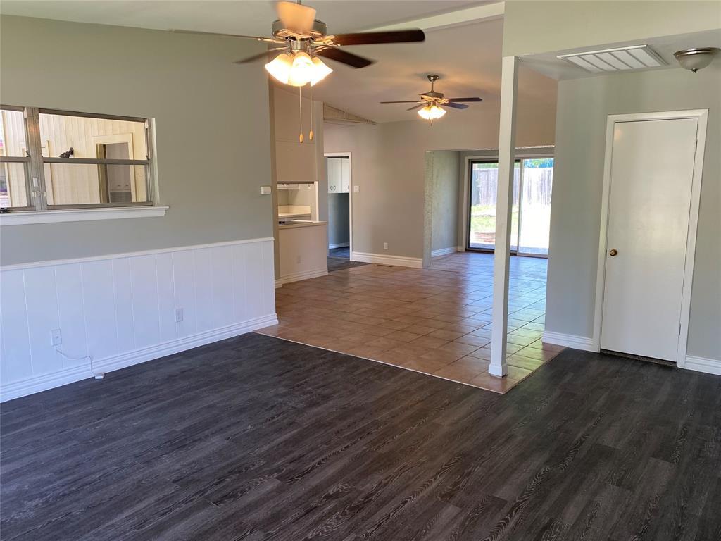 13555 Brookgreen  Drive, Dallas, Texas 75240 - acquisto real estate best allen realtor kim miller hunters creek expert