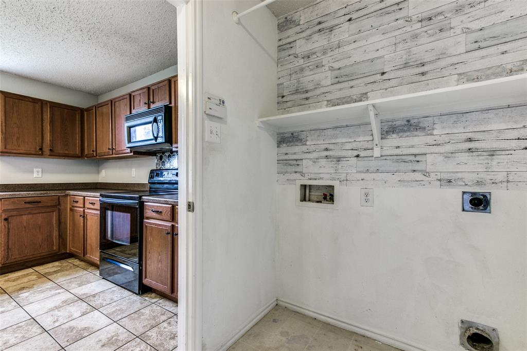 1724 Rialto  Way, Fort Worth, Texas 76247 - acquisto real estate best luxury buyers agent in texas shana acquisto inheritance realtor
