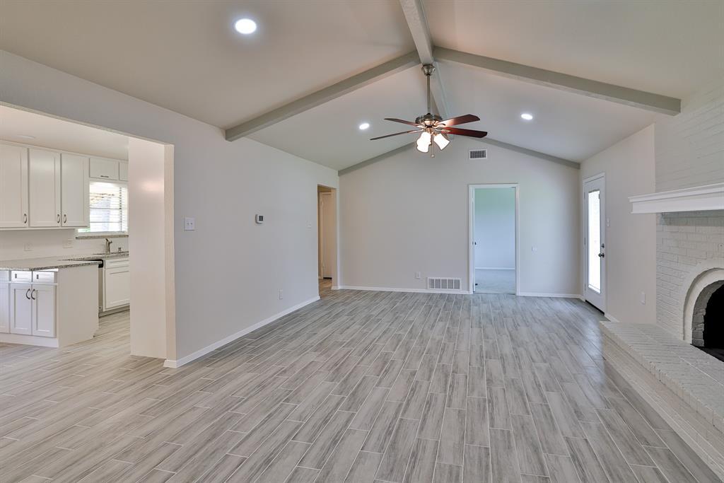 200 Lochness  Lane, Benbrook, Texas 76126 - acquisto real estate best celina realtor logan lawrence best dressed realtor