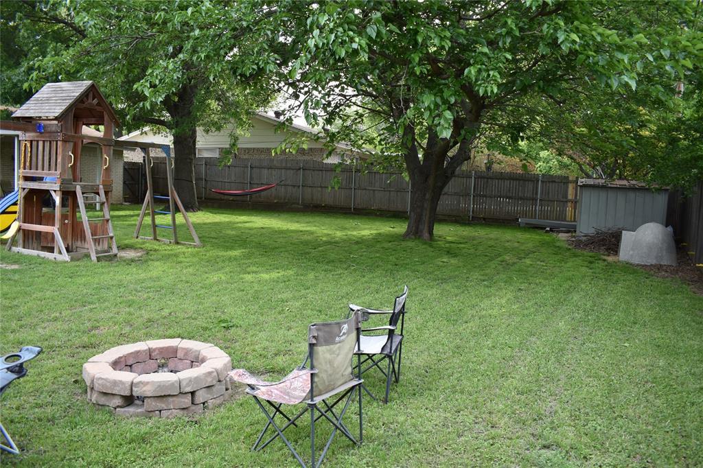 312 Boulder  Court, Burleson, Texas 76028 - acquisto real estate best looking realtor in america shana acquisto