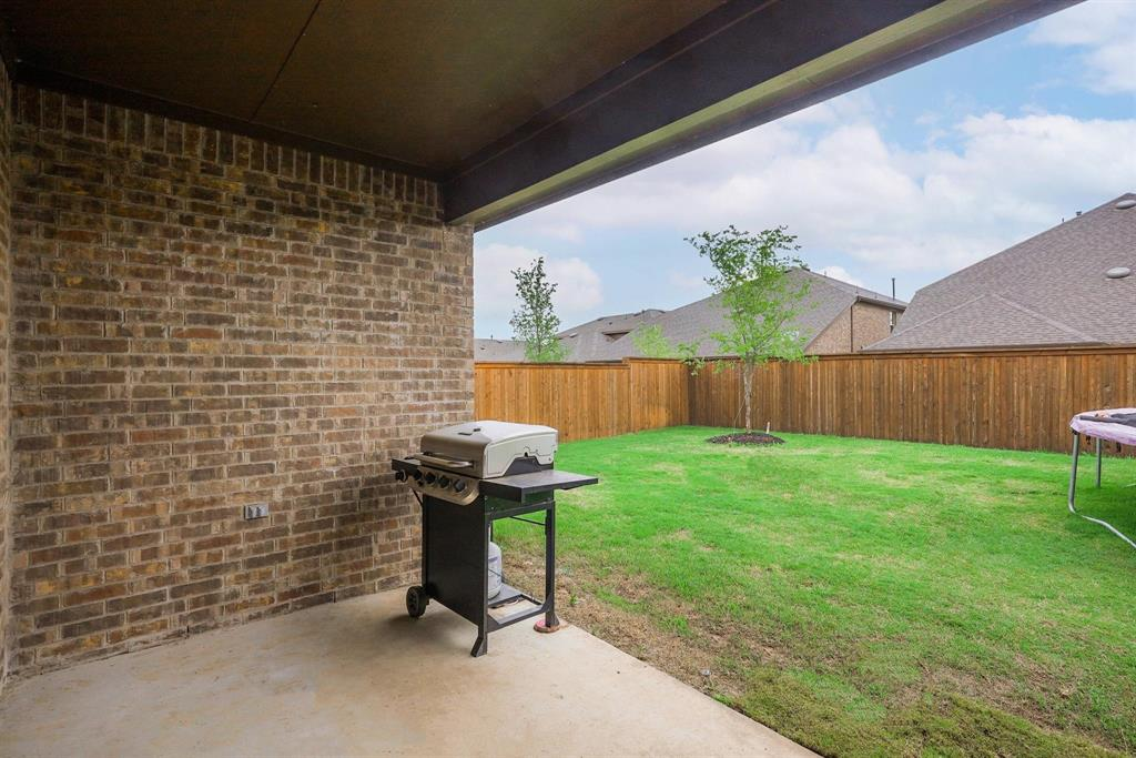 6313 Crownmere  Drive, Aubrey, Texas 76227 - acquisto real estate mvp award real estate logan lawrence