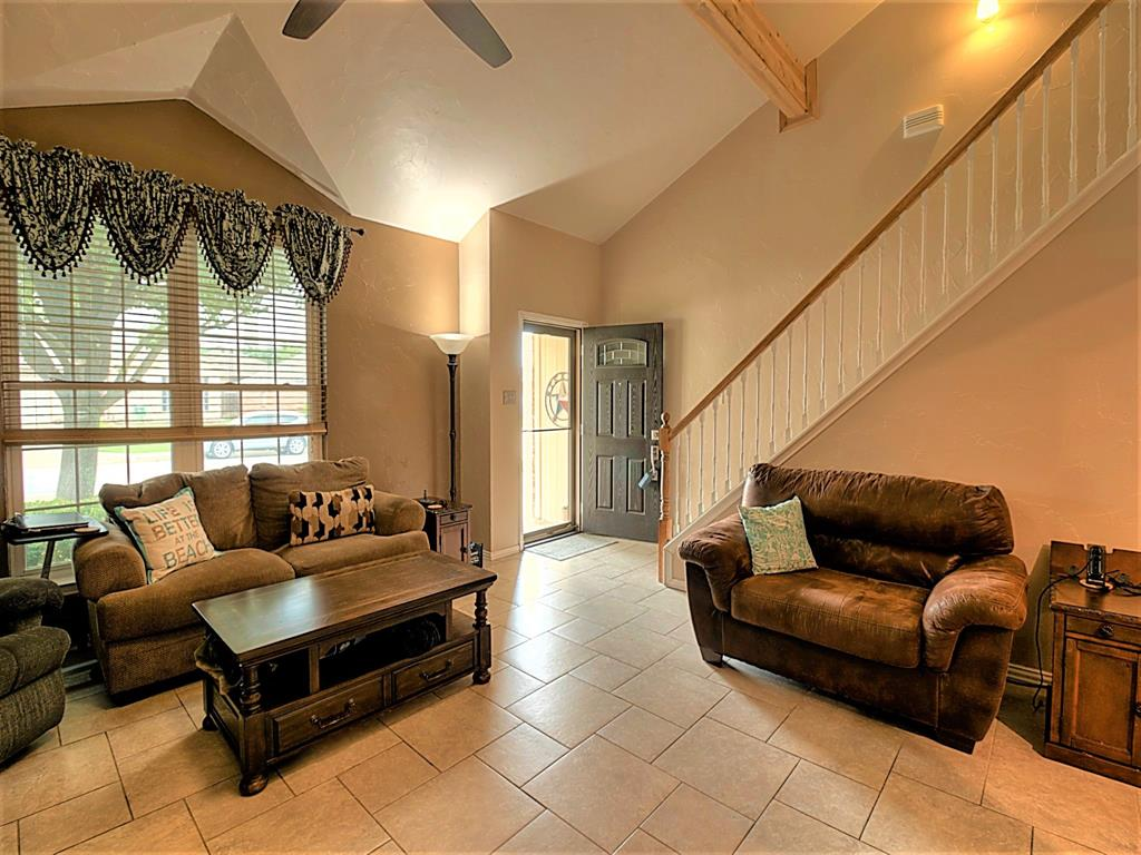616 Creekview  Drive, Burleson, Texas 76028 - acquisto real estate best flower mound realtor jody daley lake highalands agent of the year