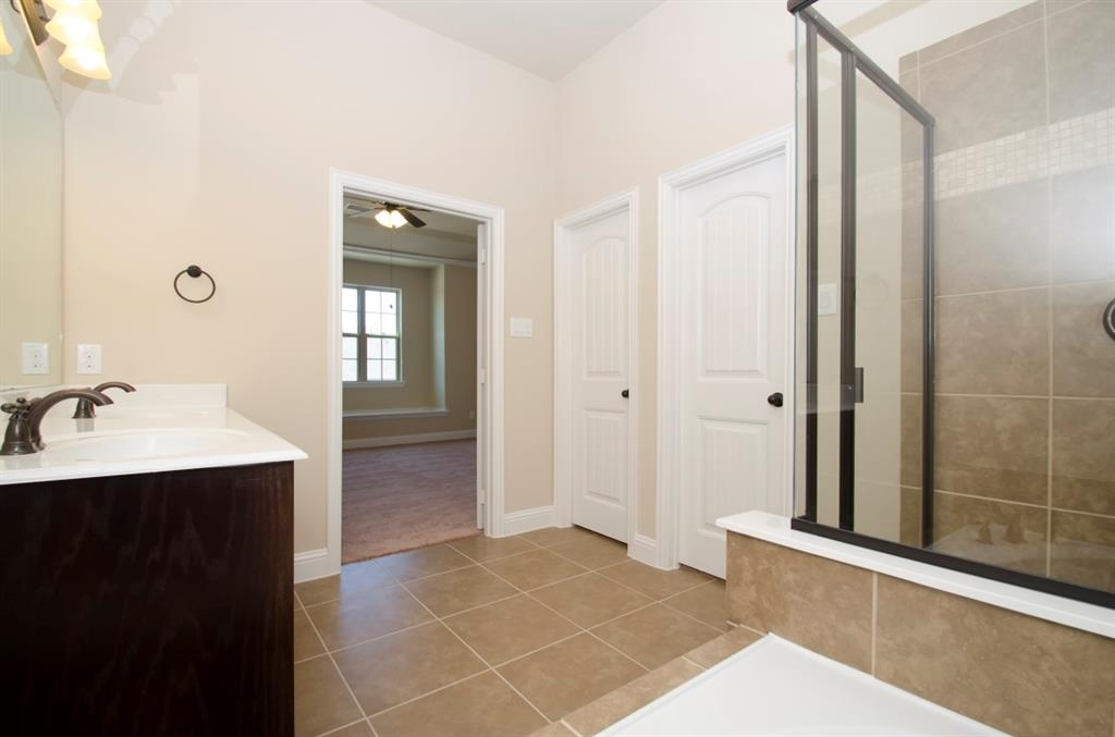 919 Whitehall  Drive, Richardson, Texas 75081 - acquisto real estate best investor home specialist mike shepherd relocation expert