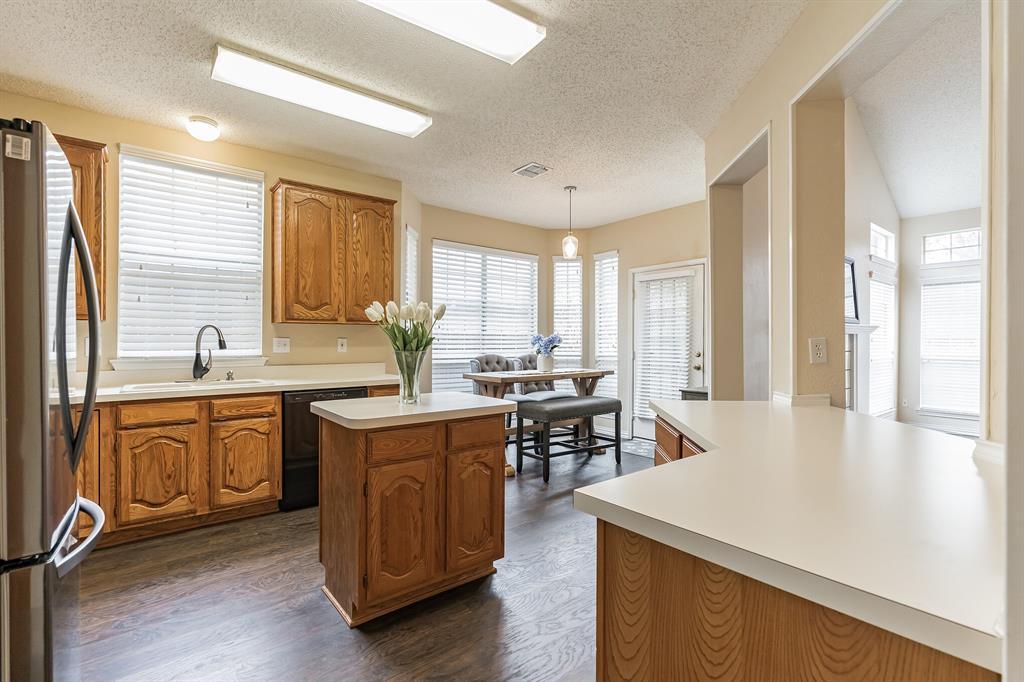 10905 Columbia  Drive, Frisco, Texas 75035 - acquisto real estate best listing agent in the nation shana acquisto estate realtor