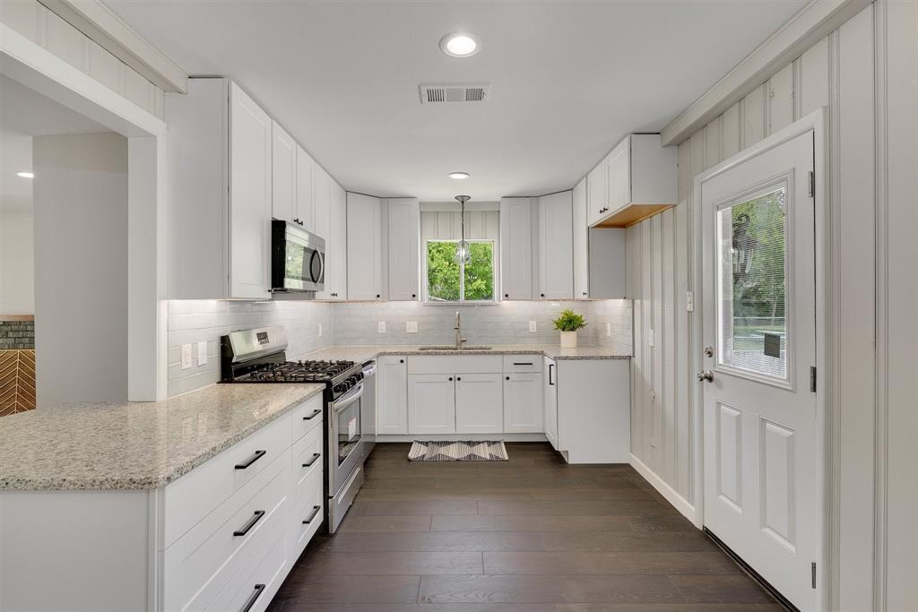 814 Turner  Boulevard, Grand Prairie, Texas 75050 - acquisto real estate best new home sales realtor linda miller executor real estate
