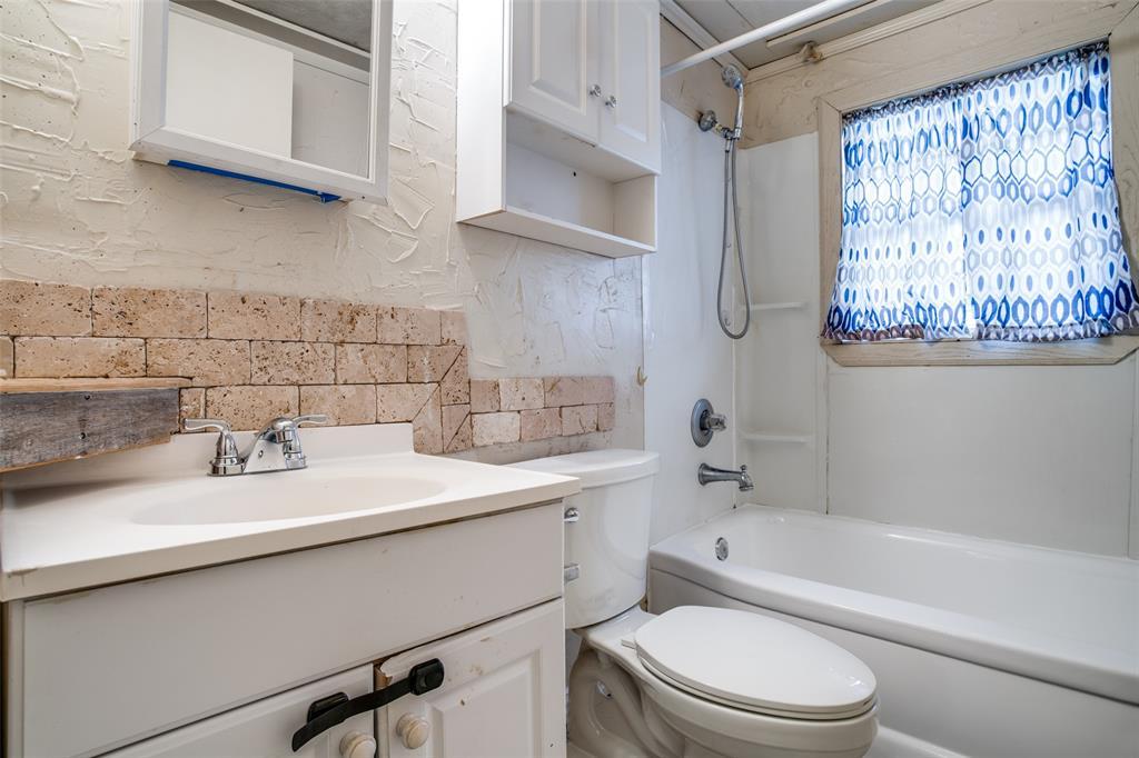 812 Odell  Street, McKinney, Texas 75069 - acquisto real estate best highland park realtor amy gasperini fast real estate service