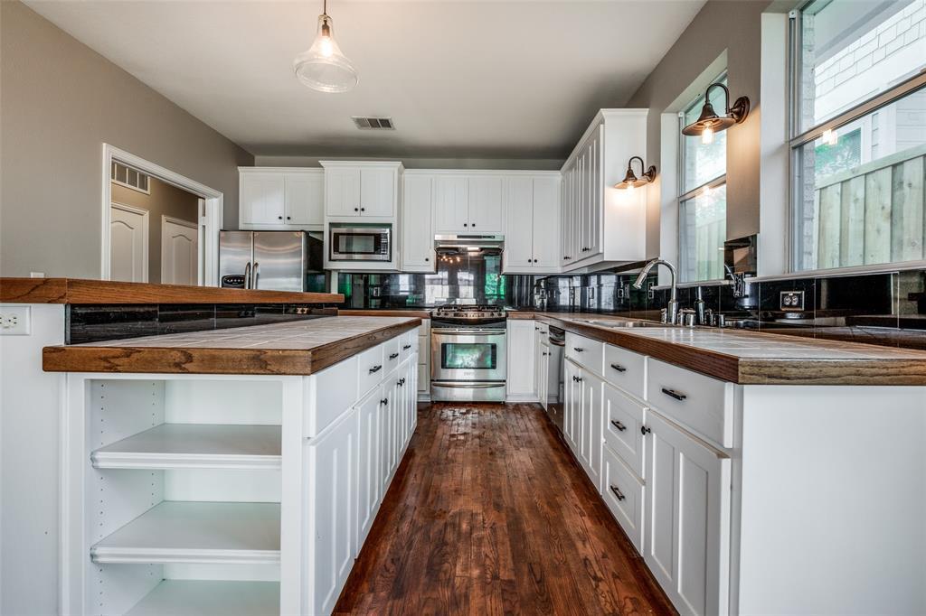 6405 Grand  Avenue, Dallas, Texas 75223 - acquisto real estate best highland park realtor amy gasperini fast real estate service