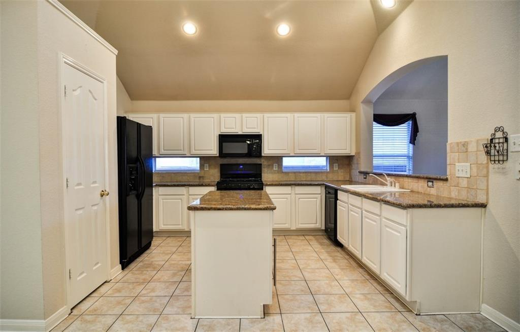 3904 Creek Hollow  Way, The Colony, Texas 75056 - acquisto real estate best the colony realtor linda miller the bridges real estate