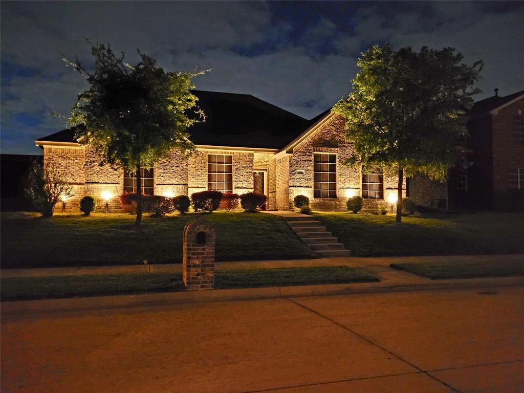 1129 Lakeside  Drive, DeSoto, Texas 75115 - Acquisto Real Estate best frisco realtor Amy Gasperini 1031 exchange expert