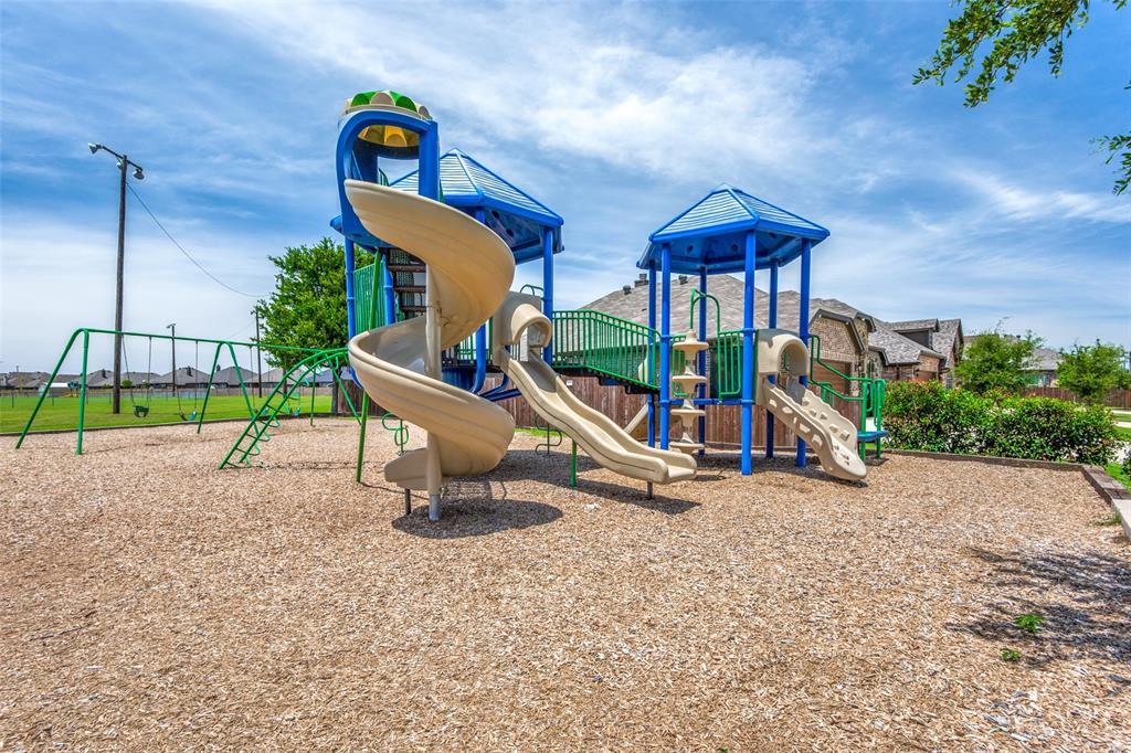 275 Ovaletta  Drive, Justin, Texas 76247 - acquisto real estate best listing photos hannah ewing mckinney real estate expert