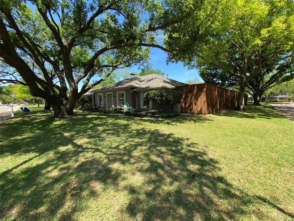 7227 Bluefield  Drive, Dallas, Texas 75248 - acquisto real estate best allen realtor kim miller hunters creek expert