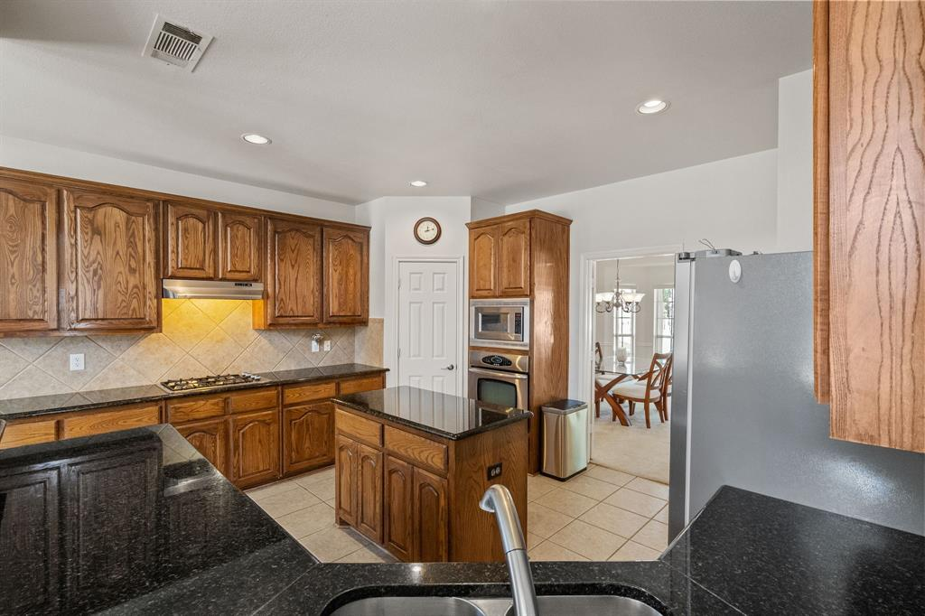 13307 Deercreek  Trail, Frisco, Texas 75035 - acquisto real estate best new home sales realtor linda miller executor real estate
