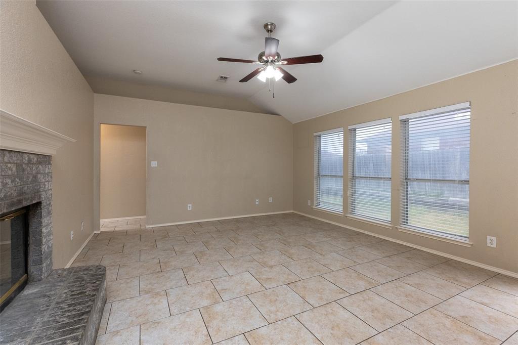 6209 Brookknoll  Drive, Arlington, Texas 76018 - acquisto real estate best celina realtor logan lawrence best dressed realtor