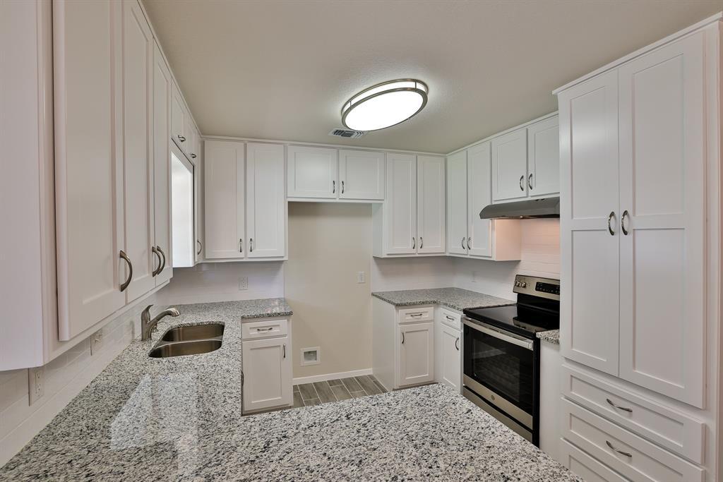 200 Lochness  Lane, Benbrook, Texas 76126 - acquisto real estate best luxury buyers agent in texas shana acquisto inheritance realtor
