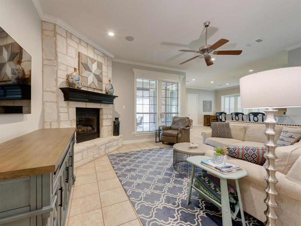 8309 Valley Oaks  Drive, North Richland Hills, Texas 76182 - acquisto real estate best luxury buyers agent in texas shana acquisto inheritance realtor