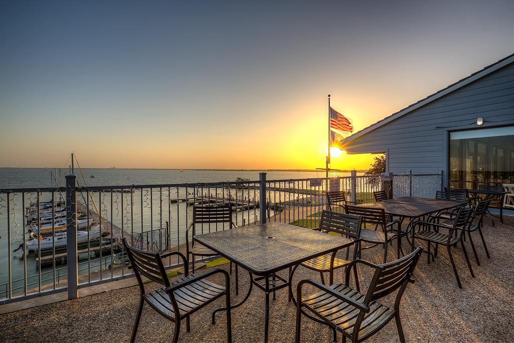 318 Harbor Landing  Drive, Rockwall, Texas 75032 - acquisto real estate best luxury home specialist shana acquisto