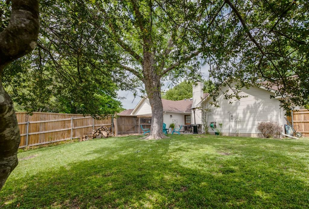 202 Buffalo Creek  Drive, Waxahachie, Texas 75165 - acquisto real estate best realtor foreclosure real estate mike shepeherd walnut grove realtor