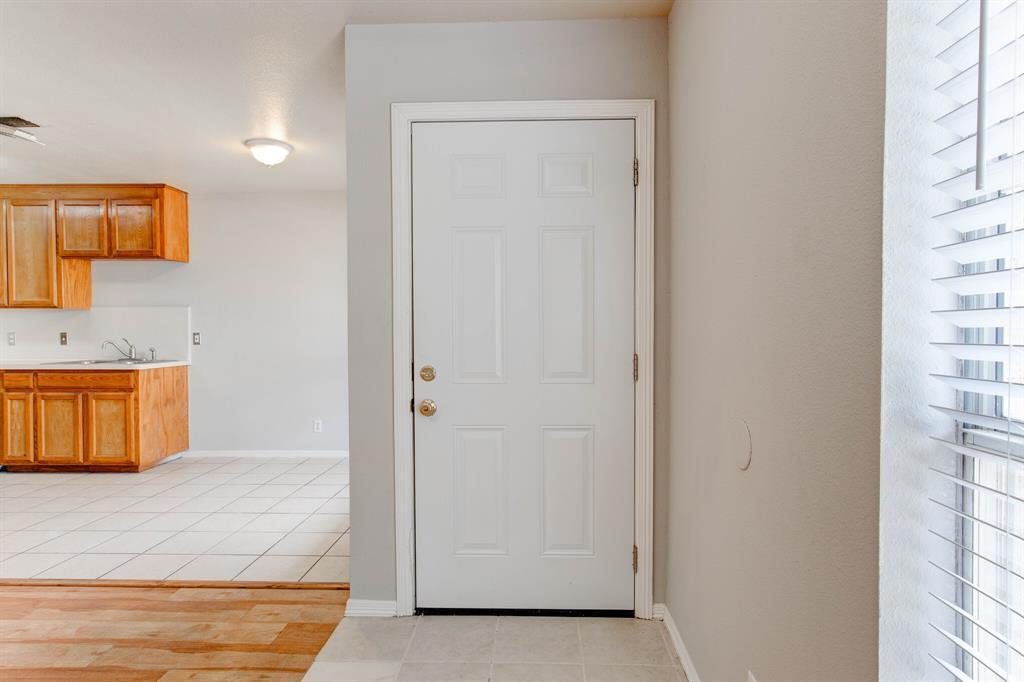 609 Race  Street, Crowley, Texas 76036 - Acquisto Real Estate best mckinney realtor hannah ewing stonebridge ranch expert
