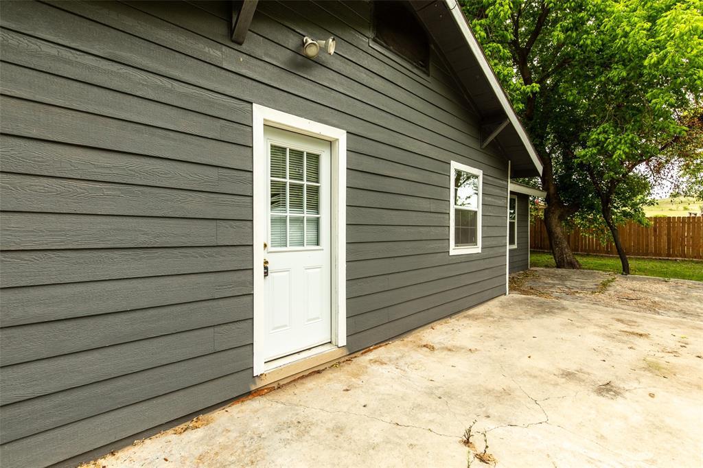 190 Hudson  Street, Newark, Texas 76071 - acquisto real estate best negotiating realtor linda miller declutter realtor