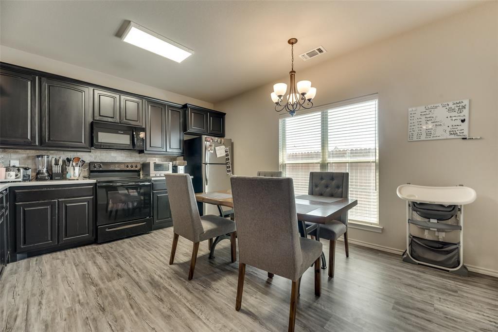1016 Skyview  Court, Midlothian, Texas 76065 - acquisto real estate best new home sales realtor linda miller executor real estate