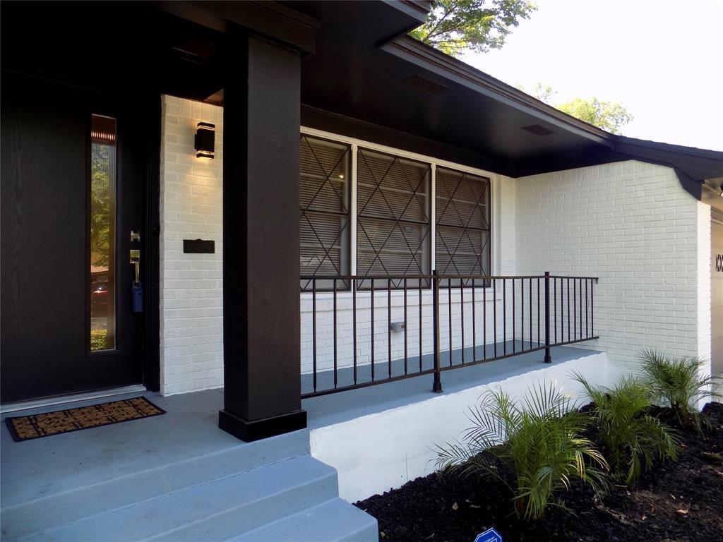 2730 Tisinger  Avenue, Dallas, Texas 75228 - acquisto real estate best prosper realtor susan cancemi windfarms realtor